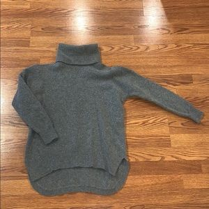 100% Lambs Wool Gray Turtleneck from Madewell